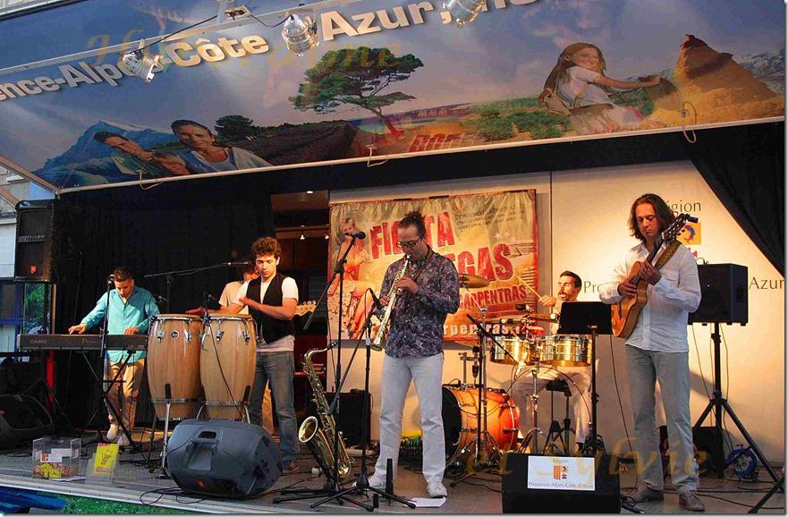 ak-Carpentras Fiesta Bodegas 12.07.2014a