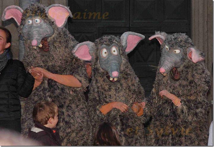 ax-Carpentras Noëls Insolites Rats 20.12.2015a